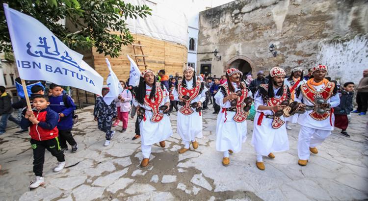 Parade du deuxième festival Ibn Battouta