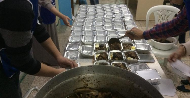 Preparation des barquettes repas