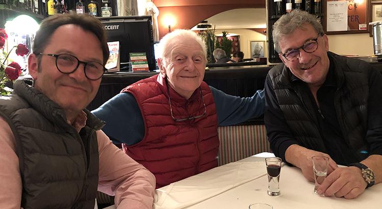 Pierre Liagre en touré de son fils Bernard à droite et de Yann Tribes à gauche