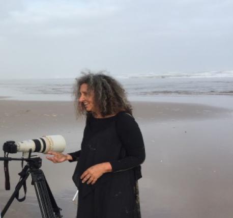 tanger-experience - le web magazine de Tanger - Khadija Tnana, l'engagement fait art..