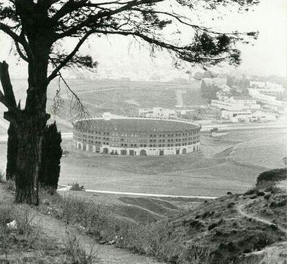 tanger-experience - le web magazine de Tanger -  renouveau Plaza Toro Tanger en 1950